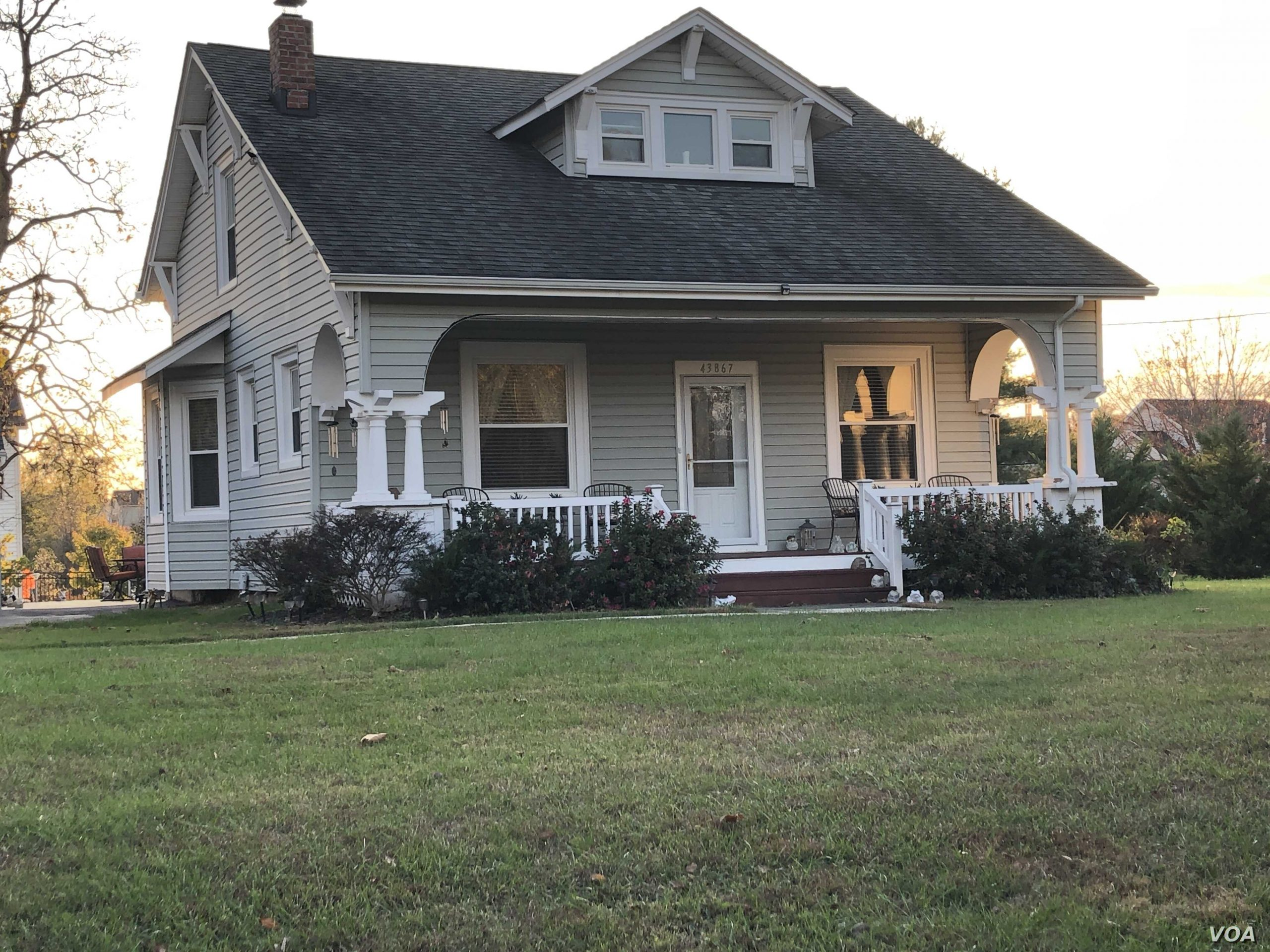 house with big lawn scaled - Great Choices You Can make for the Perfect Renting and Investment